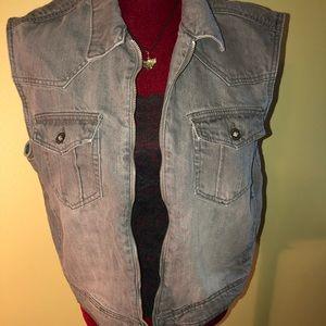 Gray Denim Vest Size Large by Lee Cooper